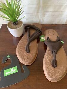 NWT $ 42 Metallic Brown Sanuk Yoga Mat Thong Sling Comfort Walking Sandal Sz 8