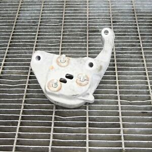 VOLVO V40 CROSS COUNTRY Engine Bracket Right Side 30778783 2.0 Diesel 130kw 2014