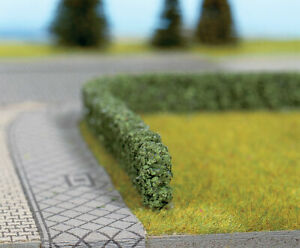 "Walthers SceneMaster HO Scale Short Hedges/Bushes - Dark Green (1/4"" High)"