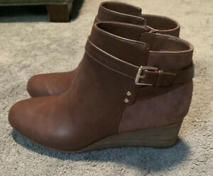 dr scholls womens brown boots with heel size 8.5 shoes with buckle and zipper