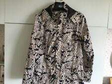 Soaked In Luxury 100% Polyester Ladies Raincoat Size Large In Cream/Black