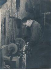 Travail fraiseur tourneur tirage argentique époque années 1930