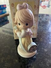 Precious Moments You Oughta Be In Pictures 1999. Enesco 490327
