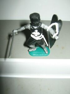 Timpo medieval knights black /white excellent condition 1960's / 70's no 2