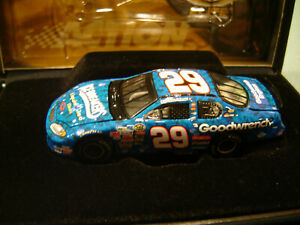 KEVIN HARVICK #29 GM GOODWRENCH / LIQUID ICE 2004 Action RCCA ELITE 1/64 NEW