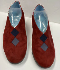 Thierry Rabotin Italy Low Wedge Beautiful Rich Red Suede EUR 38 (US 7.5)  NEW