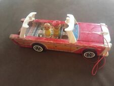 Vintage Fisher Price Little People Nifty Station Wagon #234 w/One Figure
