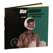 Mae Jemison: The First African American Woman Astronaut (Making Their-ExLibrary
