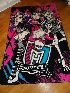 """Monster High Best Beasties Fleece Blanket 62"""" x 90"""""""