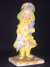 Raincoat Girl Doll Umbrella Seymour Mann Figurine Luv-15 1973 Yellow (F9)