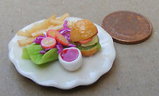 1:12 Scale 3.5cm Plate Of Cheese Burger & Chips Dolls House Food Snack Accessory
