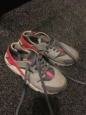 d76f80767bb3 Nike Huarache size 4 grey and pink trainers sporty vgc