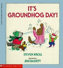 Kids fun paperback:It's Groundhog Day! Raccoon's ski lodge needs winter-what do?