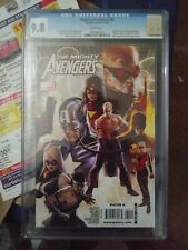 MIGHTY AVENGERS VOL. 1 NO. 30 DECEMBER 2009 1st Edition 1st Printing CGC 9.8