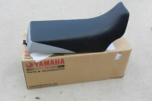 NEW Yamaha Banshee complete seat BLACK SILVER 2 tone cover latch foam 1987-2006