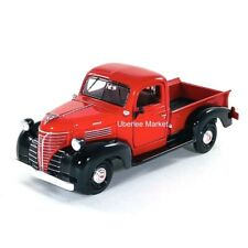 1941 Plymouth Pickup Truck Red 1:24 Diecast Vehicle Motormax 73278