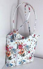 Designer Handtasche Damen Schultertasche Blumen Tasche Rucksack Italy Altweiß