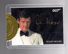 James Bond 2014 Archives Roger Moore GOLD Dealer INCENTIVE 6 case autograph card