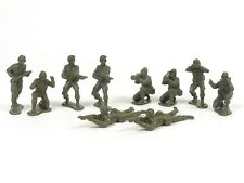 New Ray WWII Soldiers Pack Of Ten 1:32 Scale 54mm Military Toys Plastic Soldiers