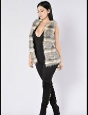Fashion Nova Faux Fur Vest Medium