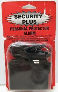 Personal Protector Alarm by Security Plus130 Decibel Ear Piercing Alarm! (NEW)