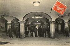 PARIS (75) chemin de fer du Nord Sud station souterraine gare Saint Lazare