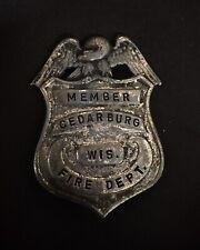 New listing Cedarburg Wisconsin Fireman Hose Fire Badge Cairns Helmet Truck Gratacap Braxmar