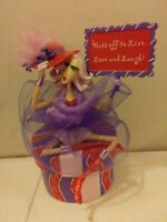 Danbury Mint Music Box Dolly Mama's Hats off to Live 2009 plays Don't Worry