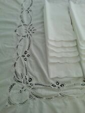 New listing VintageTable Cloth and 12 napkins White Floral Cut Work 96''/64'&# 039;