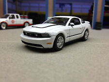 1/64 GREENLIGHT 2012 FORD MUSTANG 5.0 GT(WHITE)