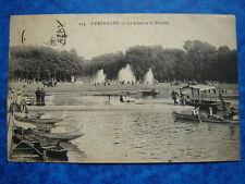 VERSAILLES  :  Le Canal et la Flotille.