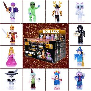 Roblox Celebrity Series 5 Mystery RED Blind Box Action Figures Toys+Online Codes