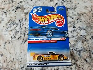 1999 Hot Wheels Pikes Peak Tacoma Yellow Collector #924 First Editions 19/26 HTF