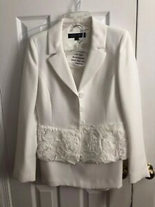 Albert Nipon White Skirt Suit Size 4