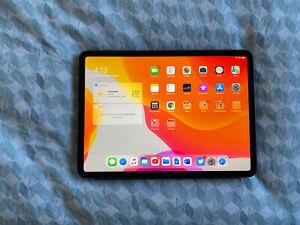 Apple iPad Pro 256GB, Wi-Fi, 11 inch - Space Grey (AU Stock) & Apple Smart Cover