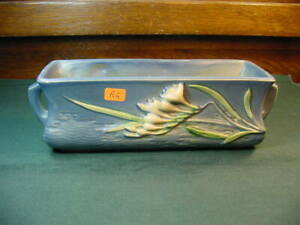Vintage 1940's Roseville Pottery Freesia Pattern Handle Planter No Reserve R6