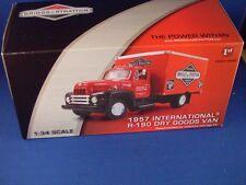 1STGEAR 1957 IH R-190 DRY GOODS VAN-BRIGGS&STRATTON-2009 1/34 SCALE #19-3823 MIB