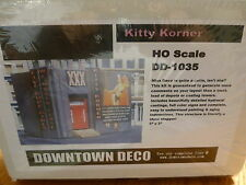Downtown Deco HO #1035 (Plaster Kit) Kitty Korner Club -- Kit