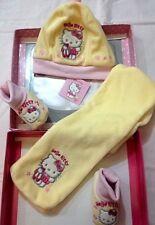 Kit Cappellino Scarpine e Sciarpina Neonato Natale Hello Kitty - Sanrio 1 Nuove