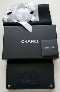 Authentic CHANEL CC Logo Long Bifold Wallet Purse Leather Black
