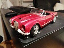 1 : 18 Burago Lancia Aurelia B24 Spider (1955) Rot ein Scheinwerfer fehlt