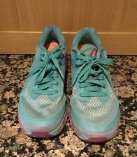 UNISEX/ NIKE TRAINERS /SIZE 6 / USED / SLIGHT DEFECT / GOOD CONDITION