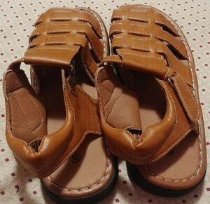 Men's Fisherman Sitos Sandals Adjustable Buckle size 10 Mustard color. New.