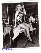 Jean Wallace leggy fishnet stockings VINTAGE Photo circa 1947