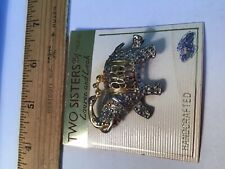 Two sisters lauren and leah handcraft new brooch gold and silver elephant Pin