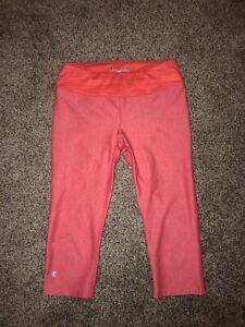 Women's Under Armour Capri Leggings Size Small Pink