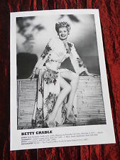 BETTY GRABLE - FILM STAR - 1 PAGE  PICTURE- CLIPPING/CUTTING
