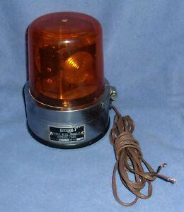 VINTAGE YANKEE 12 VOLT DC ORANGE REVOLVING BEACON LIGHT ,  MODEL 1161