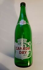 "**SCARCE (USA) ""CANADA DRY GINGER ALE"" 1 PINT 12 OZ GREEN BOTTLE - RED/WHITE ACL"