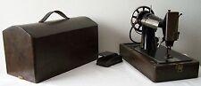 VINTAGE 1922 SINGER SEWING MACHINE Model 99K FOOT PEDAL + CASE + LAMP / BRACKET